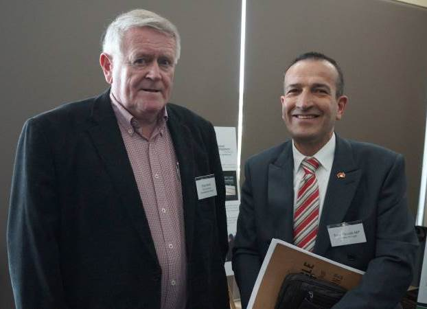 Primary Producers SA Chairman Rob Kerin and Member for Light Tony Piccolo. Image courtesy: Stock Journal